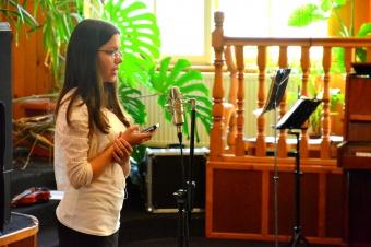 Lecție de armonie – Monica Anghel