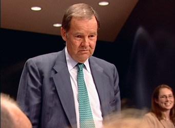 Commission Chair Thomas Kean