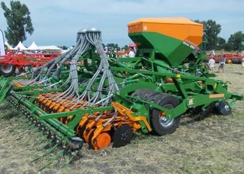 Új Amazone Cirrus 02 típusú vontatott vetőgépek