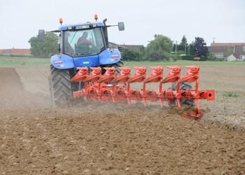 Kuhn Multi-Leader eke a talajforgatás élvonalából