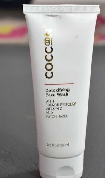 Coccoon detoxifying face wash packaging