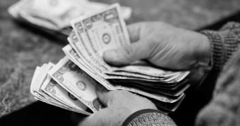 χρήματα-ποντάρισμα