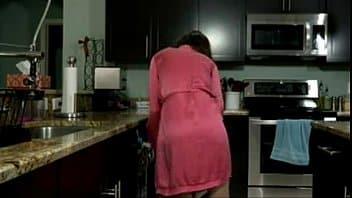 coganta viene scopata contro voglia a pecorina per tutta la casa