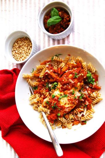 Mozzarella Chicken with Sun-Dried Tomato Pesto Sauce