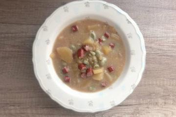 Zupa ziemniaczana z bobem i kiełbaską