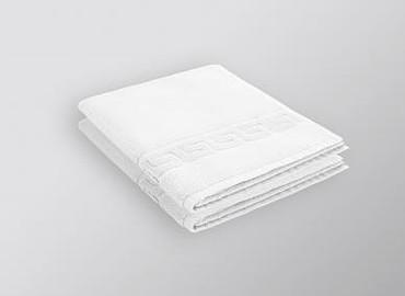 2 x Dusch- oder Badtücher Dreamflor Weiss