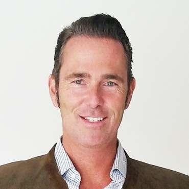 Dr. Helge Degreif