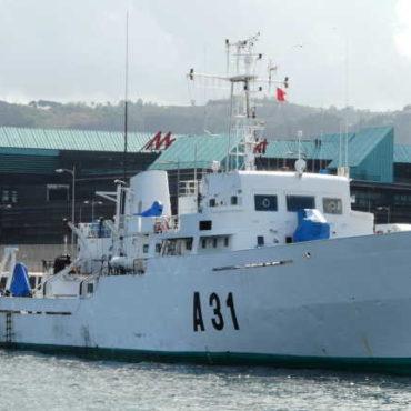 El buque Malaspina estudia la cartografía  de la costa vasca