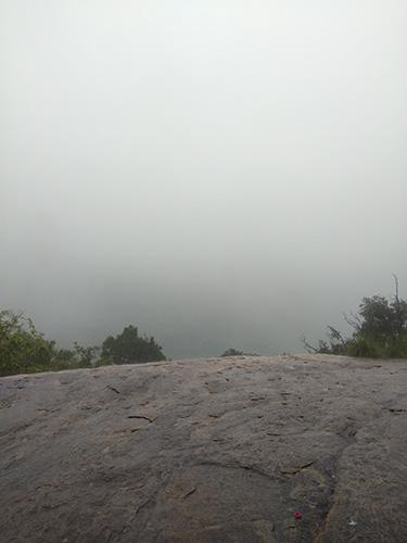 Pandangan dari puncak Pidurangala Rock