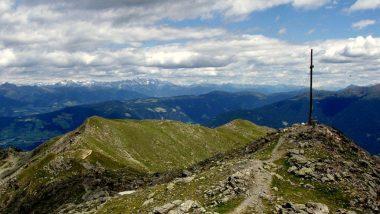 pohled na okolní hory