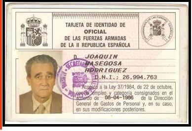 fotos antiguas de Oria oretano Joaquín Masegosa Rodriguez carnet de oficial de las fuerzas armadas de la II República españolaTarjeta de identidad de oficial de la II República Española de Joaquín Masegosa González