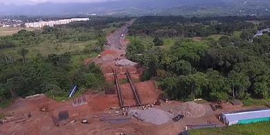 Photo of Gobernador supervisó avance de obra de la vía Primera en Yopal
