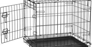 jaula para perros de metal color negro con una base negra