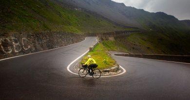Passo dello Stelvio in bici da corsa: punti di partenza e tutte le informazioni tecniche