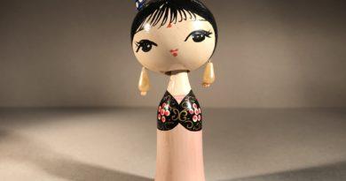 Wooden Kokeshi Dolls