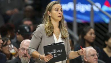 Knicks Hiring Becky Hammon As Coach?