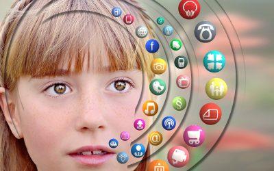 Influencia de la publicidad y las redes sociales en las adolescentes