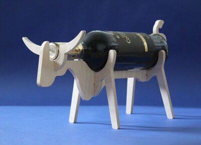Подставка для бутылок корова