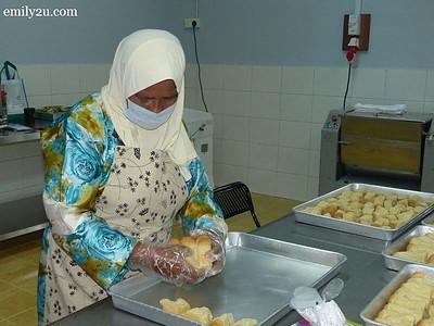 2. biskut tongkat production plant