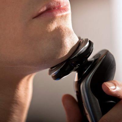 cómo afeitarse con máquina eléctrica