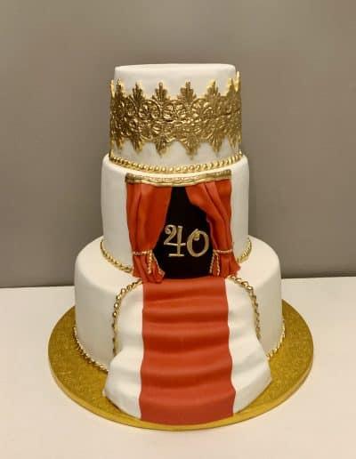 tort na 40 urodziny teatr