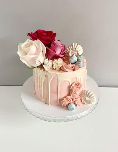 tort maslany z rozami
