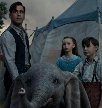 Holt, Dumbo et les deux enfants dans Dumbo