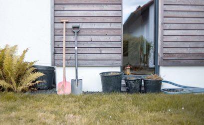 Gartenarbeit im Herbst - Poolbau und andere Garten Projekte