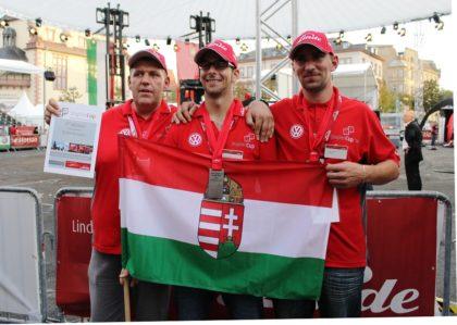 Az idén ismét 3. helyezést ért el a magyar csapat a Nemzetközi Targoncavezetői Versenyen Németországban