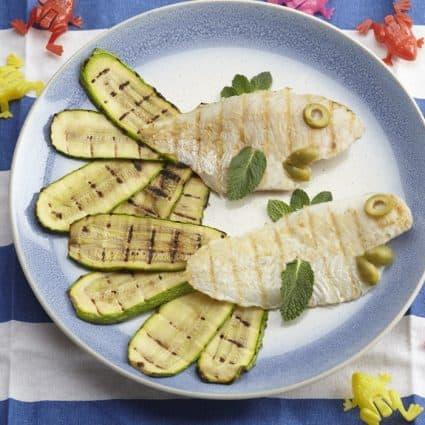 Merluzzo grigliato con zucchine e menta