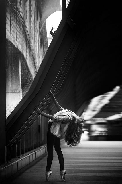 So schön der Balletttanz ist, jedoch ist bei solchen Sportarten, die eine starke Hohlkreuzbildung erfordern ein Gleitwirbel nicht allzu selten.