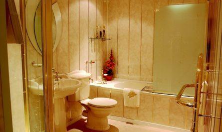 как клеить панели пвх в ванной