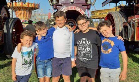 Freddie Wilkinson, Freddie Rogers, John Smith, Seb Henderson & Ashley Lock at the Great Dorset Steam Fair last year. Thanks to John Porter for the photo.