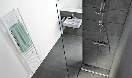 Ebenerdige Dusche mit eleganten Duschrinnen