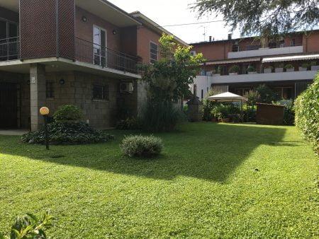 Castenaso centro Villa indipendente