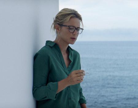 Sibyl (Virginie Efira) sur le tournage à Stromboli