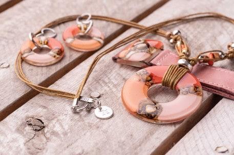 Handgefertigtes Schmuckset, Lederarmband, Halskette, Ohrringe