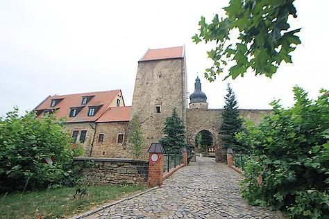 Brücke und Tor zur Wasserburg zu Gommern / Fotos: Burgerbe.de