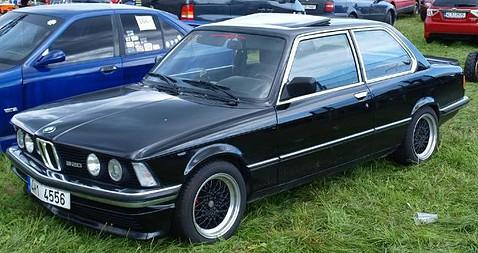 bmw-320-1980