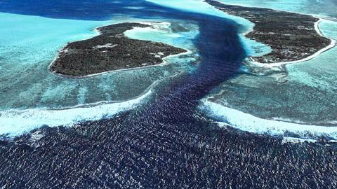 La passe de Maupiti en Polynésie Française