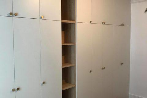 Construction d'un placard sur mesure