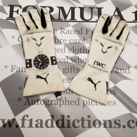 Hamilton used 2019 Australia GP world championship winning gloves