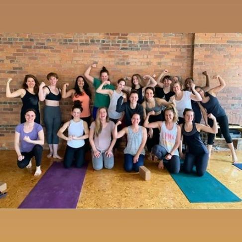 the best yoga training schools in toronto