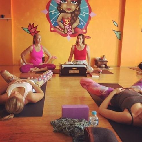 yoga teacher training in sydney