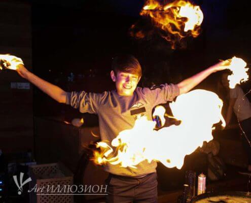 Аниматоры Киев на детский праздник в стиле Бейблэйд