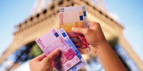 Vakantiegeld kun je beter gelijk op je spaarrekening storten!