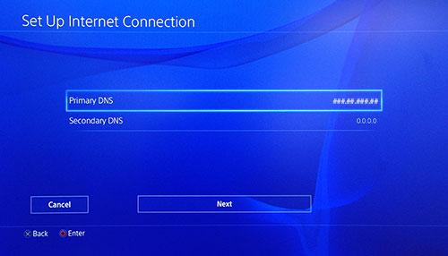Écran Configurer la connexion Internet PlayStation avec l'option DNS Primaire sélectionnée.
