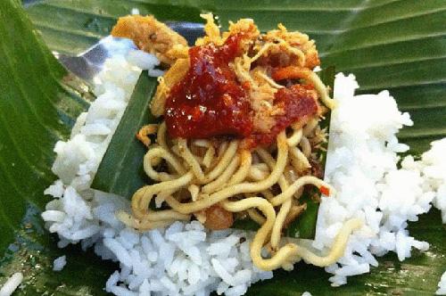 Nasi Jinggo - Makanan Khas Bali