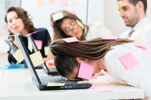 aburrimiento-trabajo-