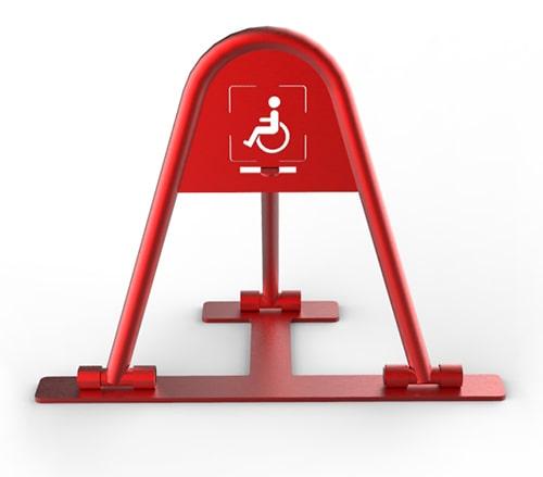 Парковочный барьер со знаком инвалида